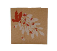 GIFT CARD BIRDS/BERRIES-White/Scarlet On Natural Kraft